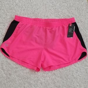 NWT Under Armour shorts with built in undies